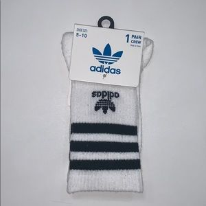 Adidas crew socks. Sizes 5-10